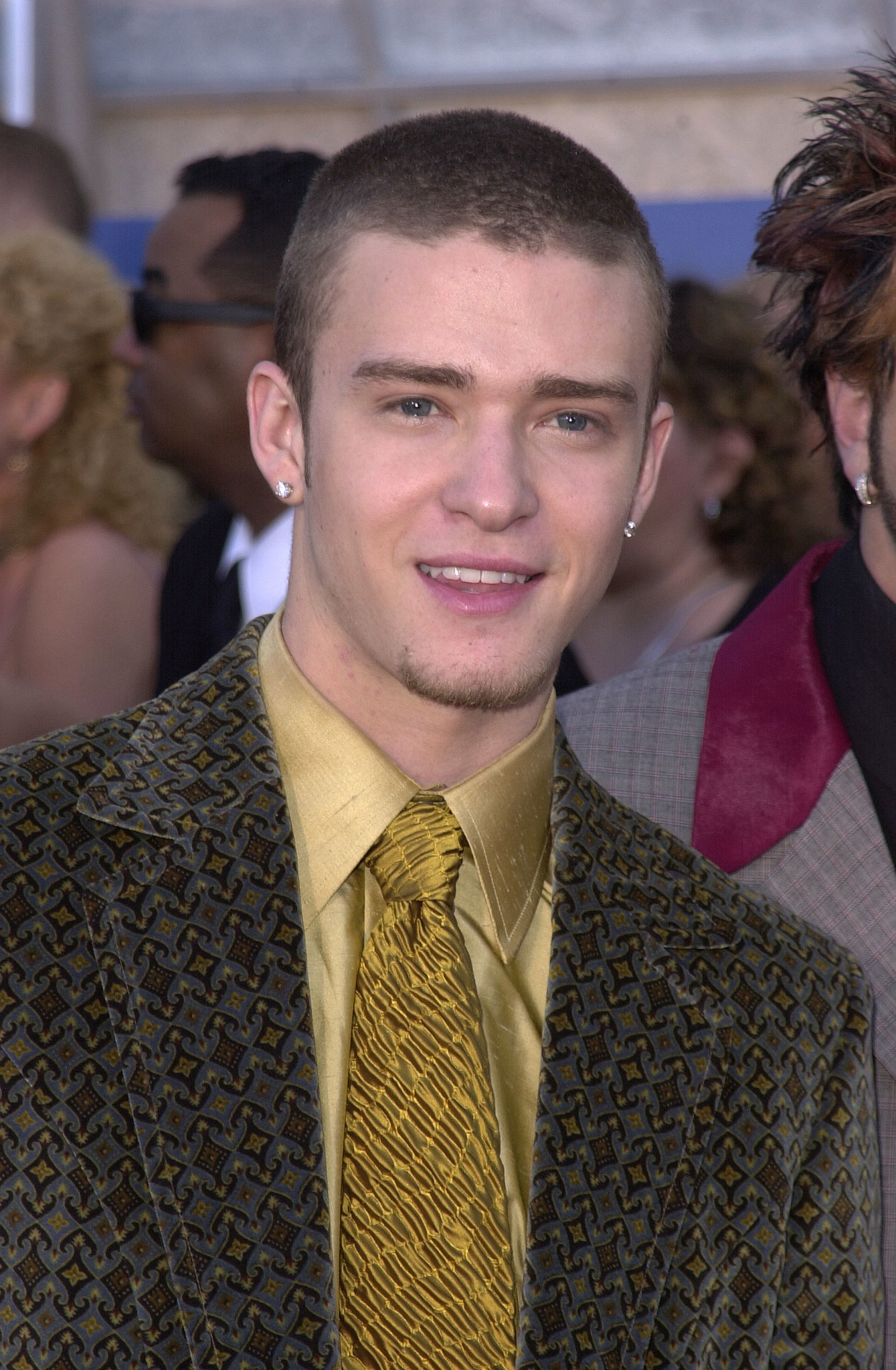 Justin was a suit-and-tie enthusiast even during his days with *NSYNC   — he wore his mustard-yellow combo to the Grammys in 2001.