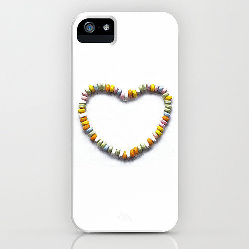 Candy heart necklace case ($35) for iPhone models and Samsung Galaxy S4