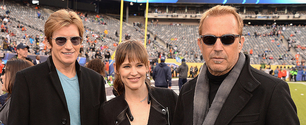 Hollywood Hits the Super Bowl!