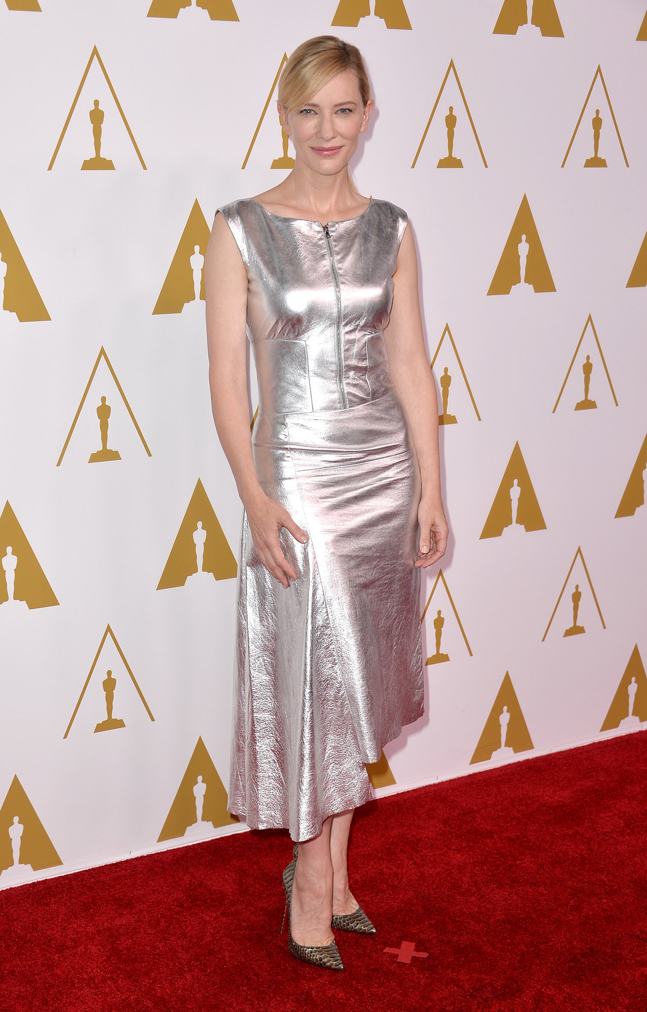 Cate Blanchett looked simply beautiful on the red carpet.