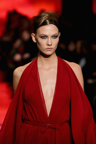 """Donna Karan Presents the Most Gorgeous Version of """"Hat Hair"""" Ever"""