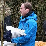 Prinz William und Harry helfen Flutopfern in England