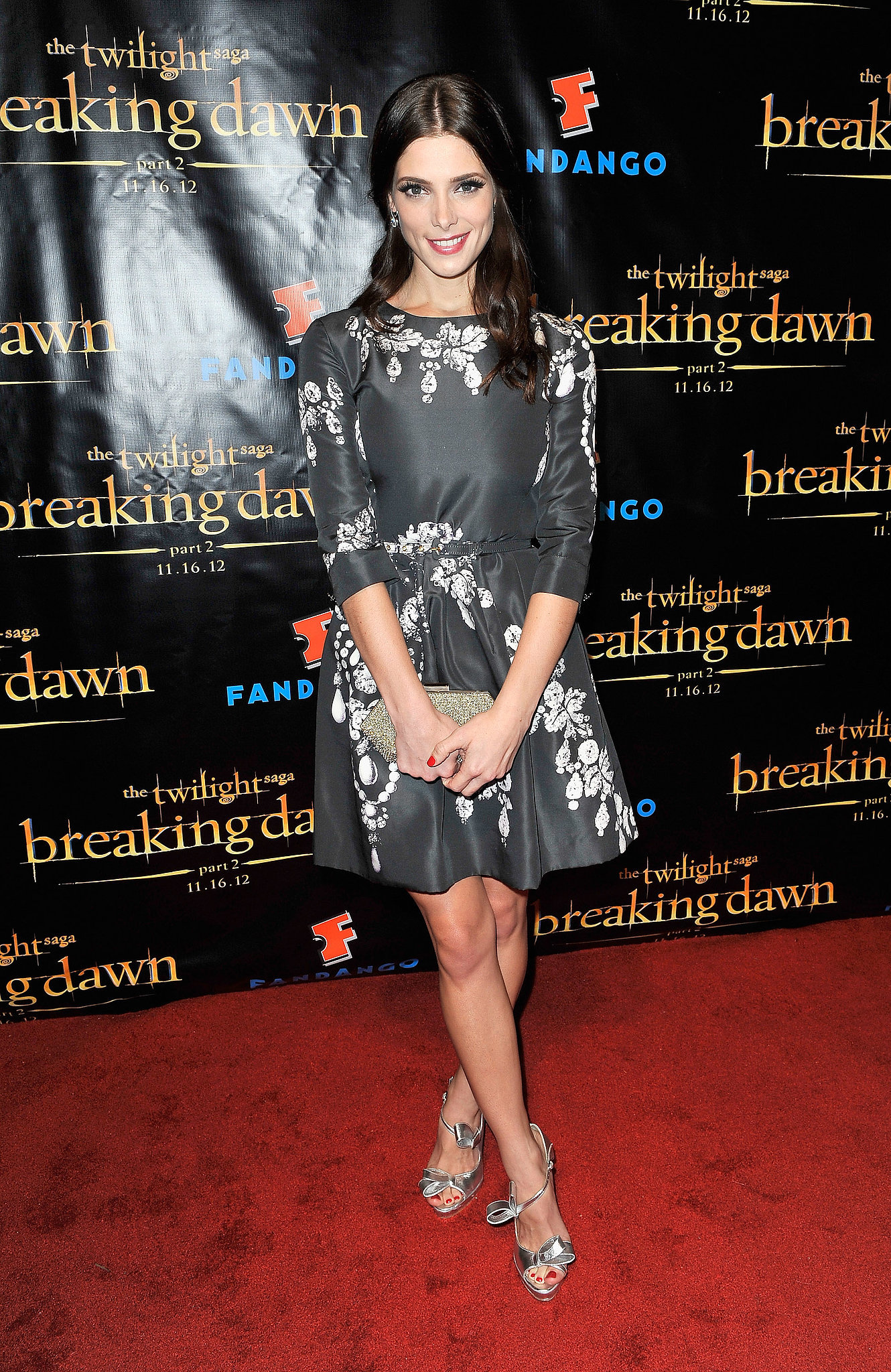 A blossoming Oscar de la Renta was Ashley's look of choice while promoting Breaking Dawn Part 2 at Comic-Con in San Diego.