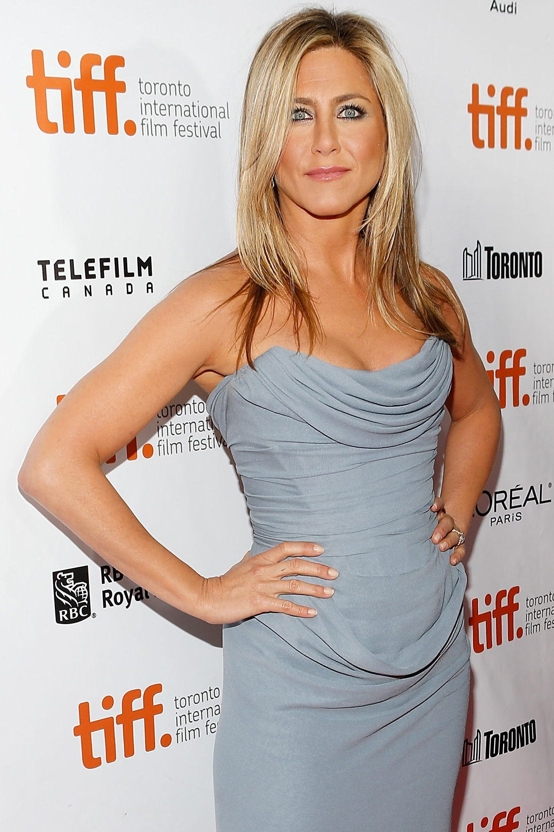 """Jennifer Aniston is in talks for Mean Moms, an """"adult-themed comedy"""" in the vein of Mean Girls. She'll play a mother who moves to the suburbs and encounters the world of competitive parenting."""