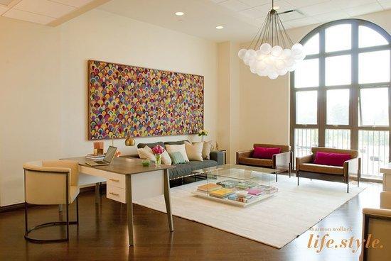 Work It: Chelsea Handler's Upbeat Office Style