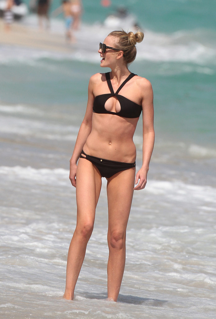 Anne V wore a very interesting cut bikini at Miami Beach in Feb. 2014.