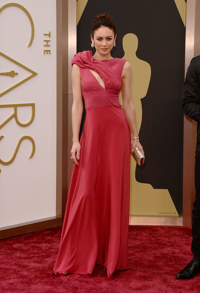 Olga Kurylenko at the 2014 Oscars