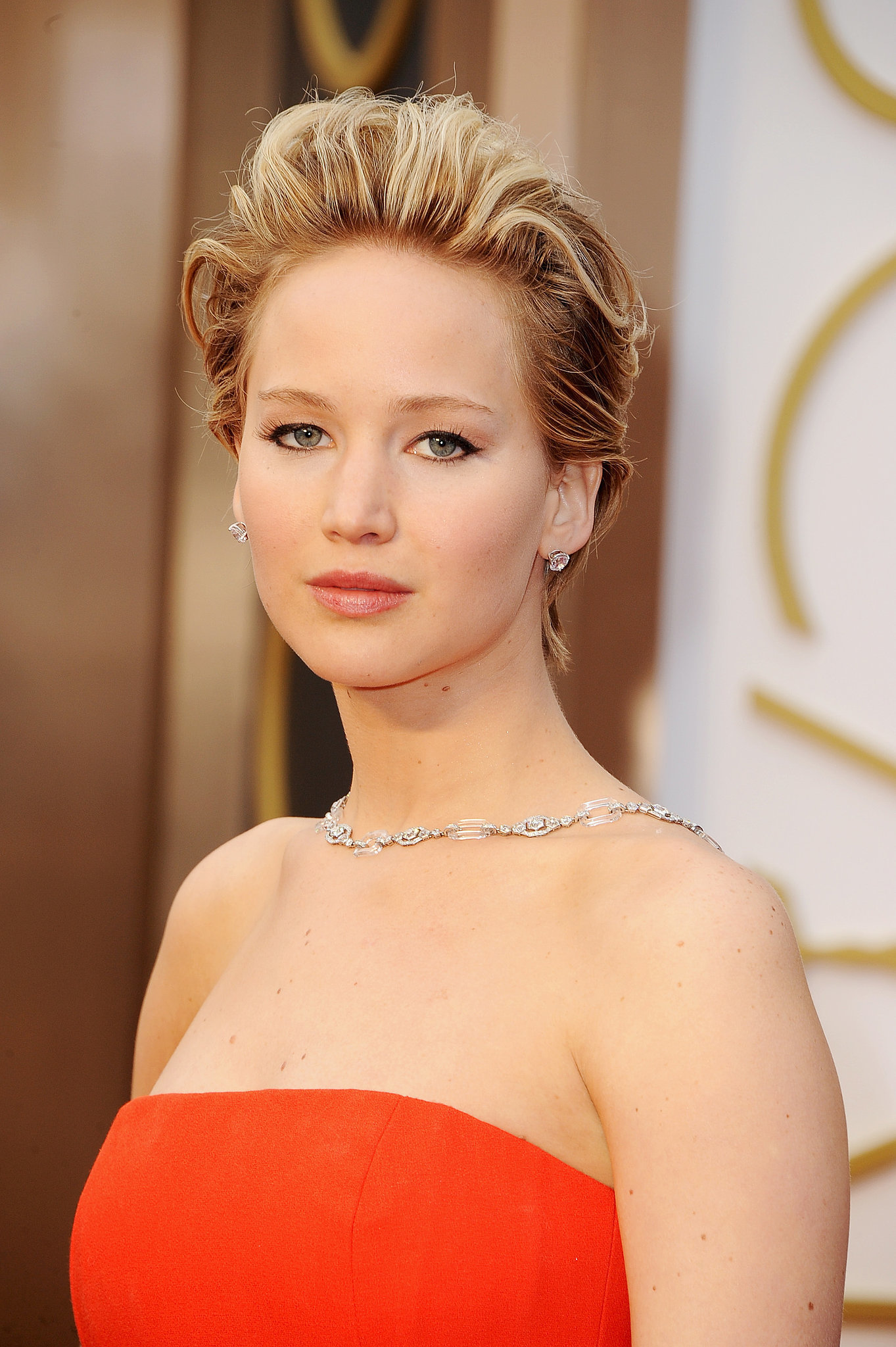 The Complete Guide to Jennifer Lawrence's Night at the Oscars