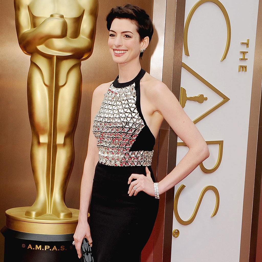 Anne Hathaway Gucci Dress at Oscars 2014