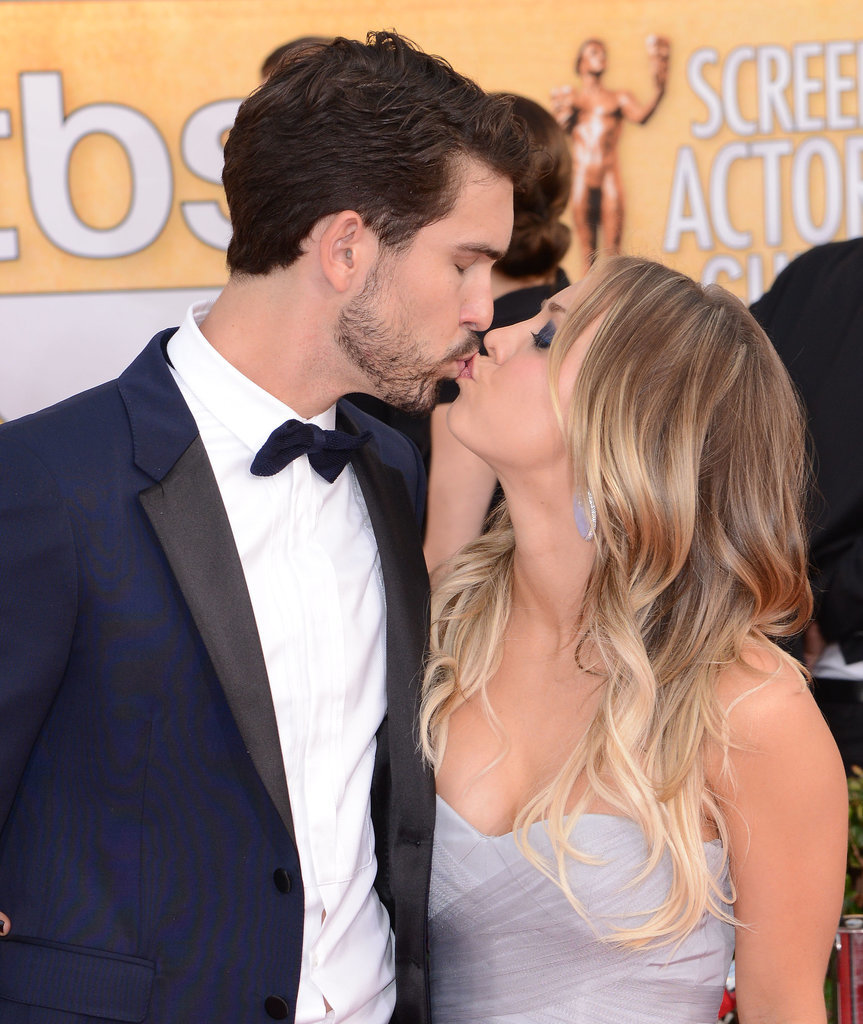 Newlyweds Ryan Sweeting and Kaley Cuoco shared a smooch at the SAG Awards.