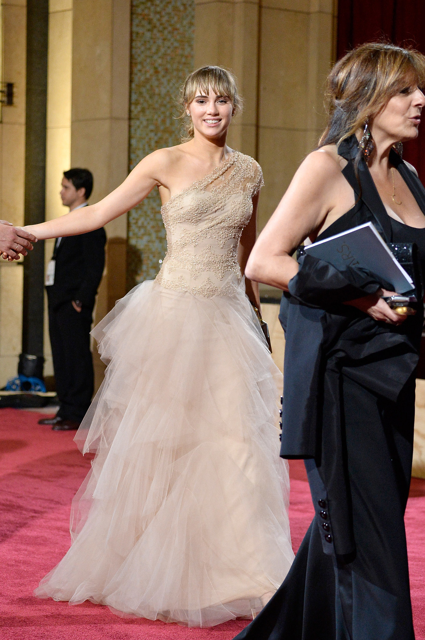 Suki Waterhouse at the 2014 Oscars | Who Wore What: See ...