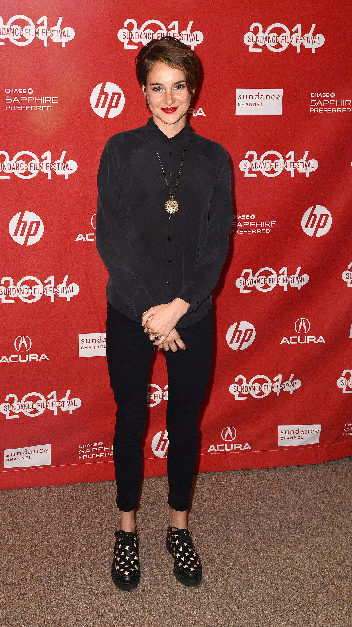 Shailene Woodley Stars Aren 39 T Afraid To Push The Limits Of Style At Sundance Popsugar Fashion
