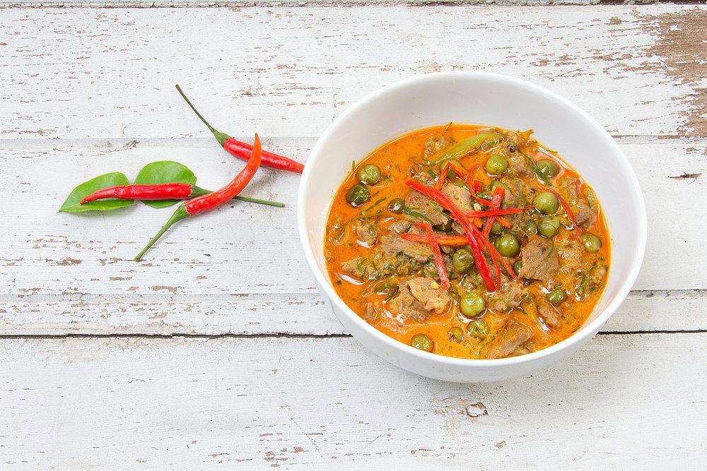 Calories in Thai Food, Calories in Spring Rolls | POPSUGAR Fitness ...