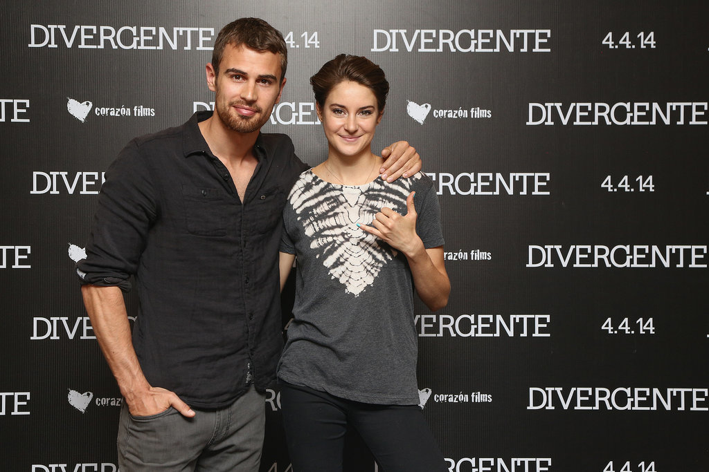 On Monday, Shailene Woodley and Theo James posed at a photocall for Divergent in Mexico City.