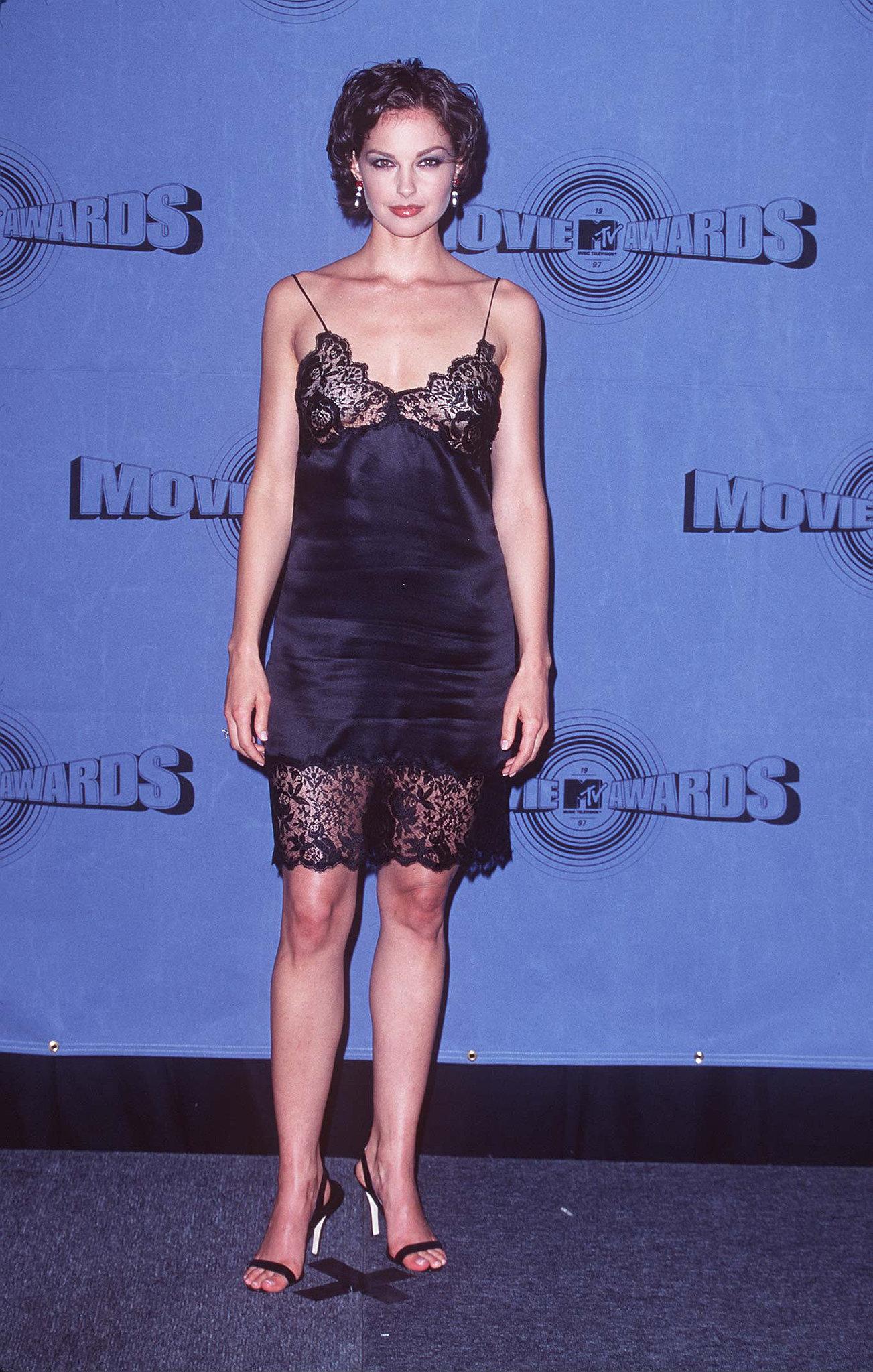 Ashley Judd wore a slip.