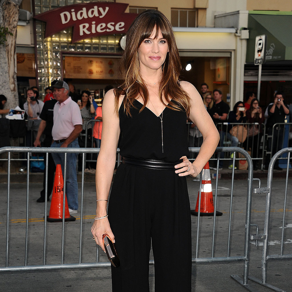 Jennifer Garner in Max Mara Jumpsuit | Video