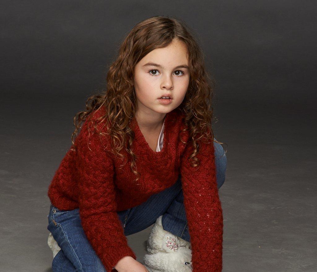 Skyler Wexler as Kira. Source: BBC
