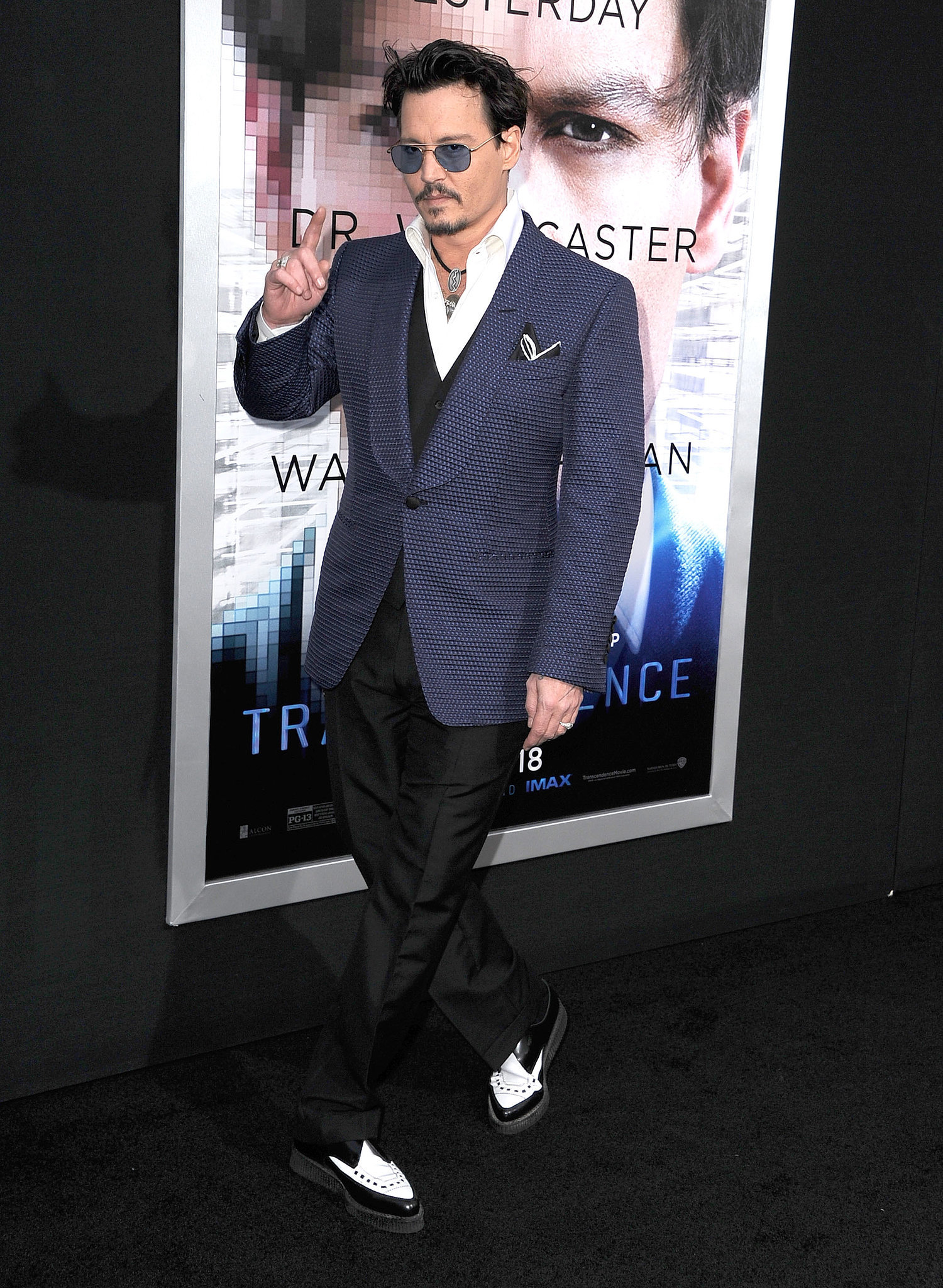 Johnny Depp Wears Amber Heard's Engagement Ring on the Red Carpet!