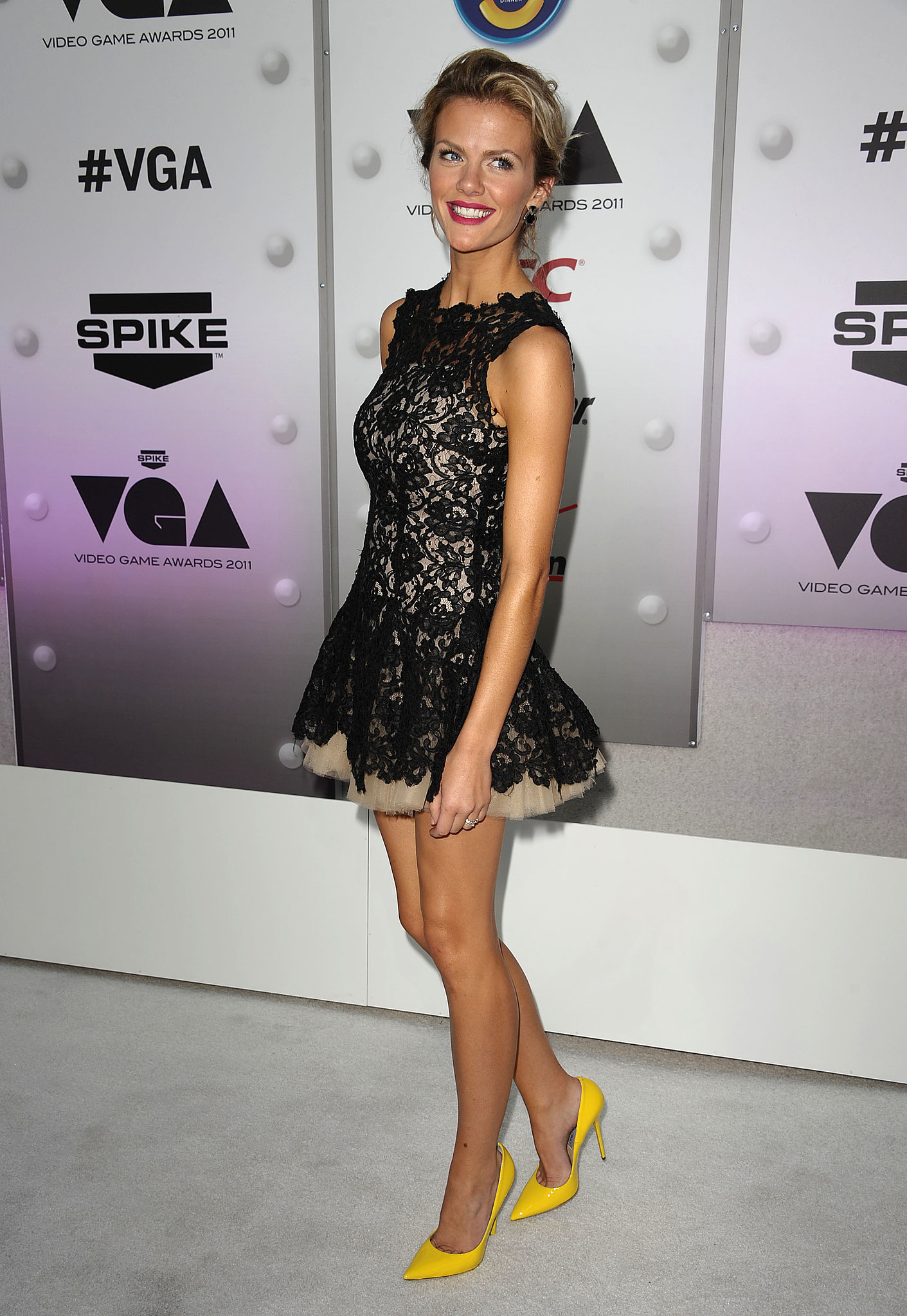 Brooklyn Decker in Lace Nha Khanh at 2011 Spike TV Awards
