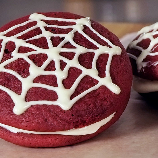 Easy Red Velvet Whoopie Pie Recipe