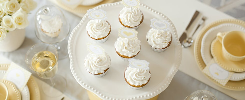 25 Cupcakes to Shower Mom-to-Be With Sweetness
