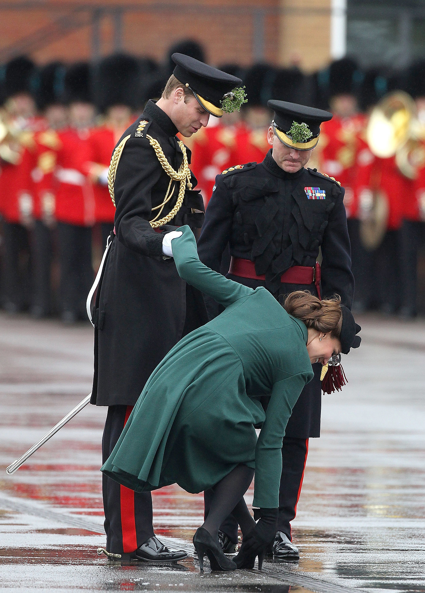Prince William was quite the gentleman helping Kate ...