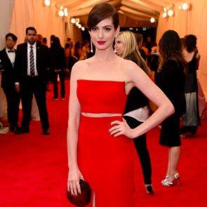 Anne Hathaway at the Met Gala 2014
