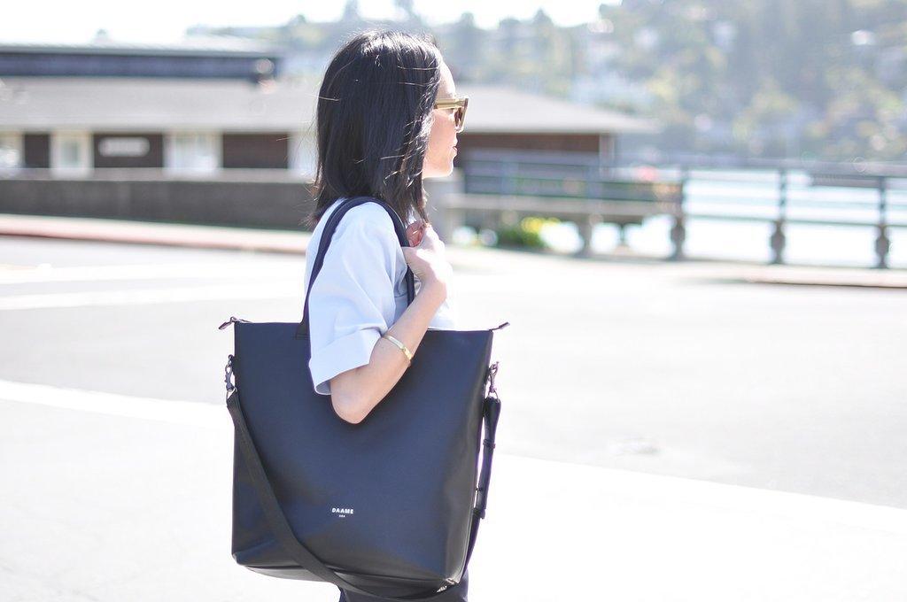 Stylish computer bags on wheels