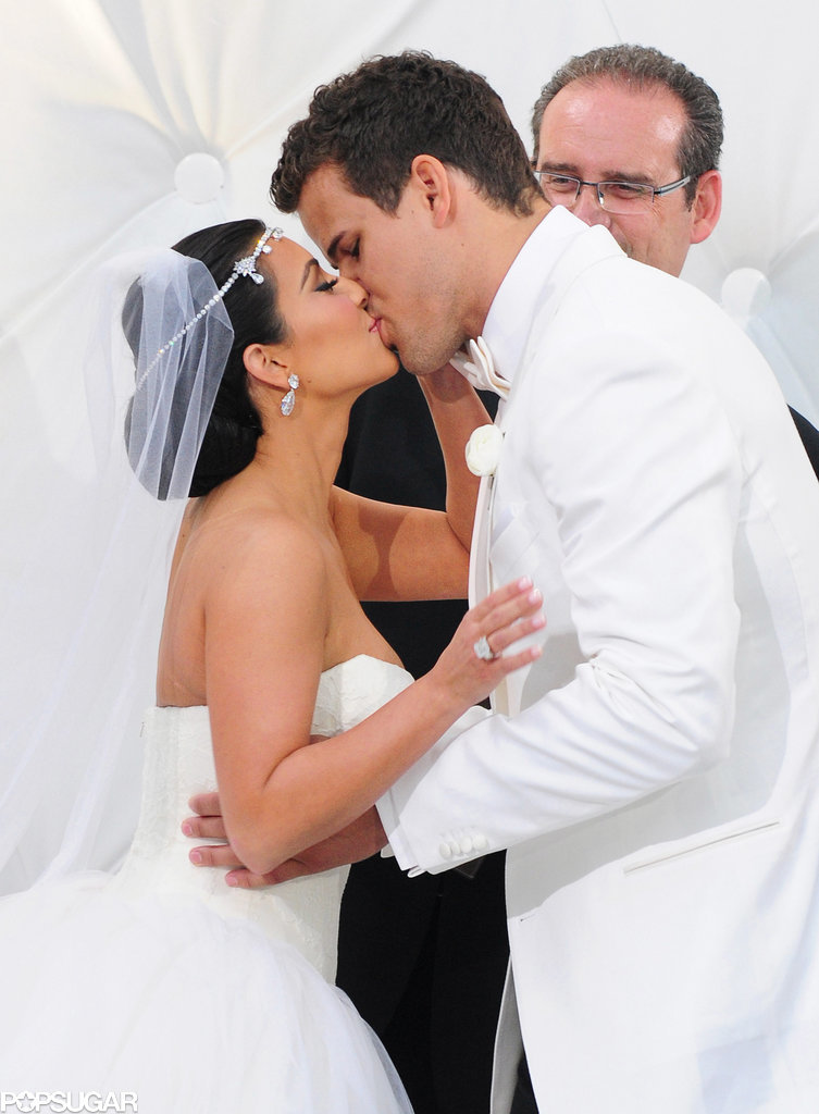 Kim and Kris kissed at the end of their ceremony to seal the deal.