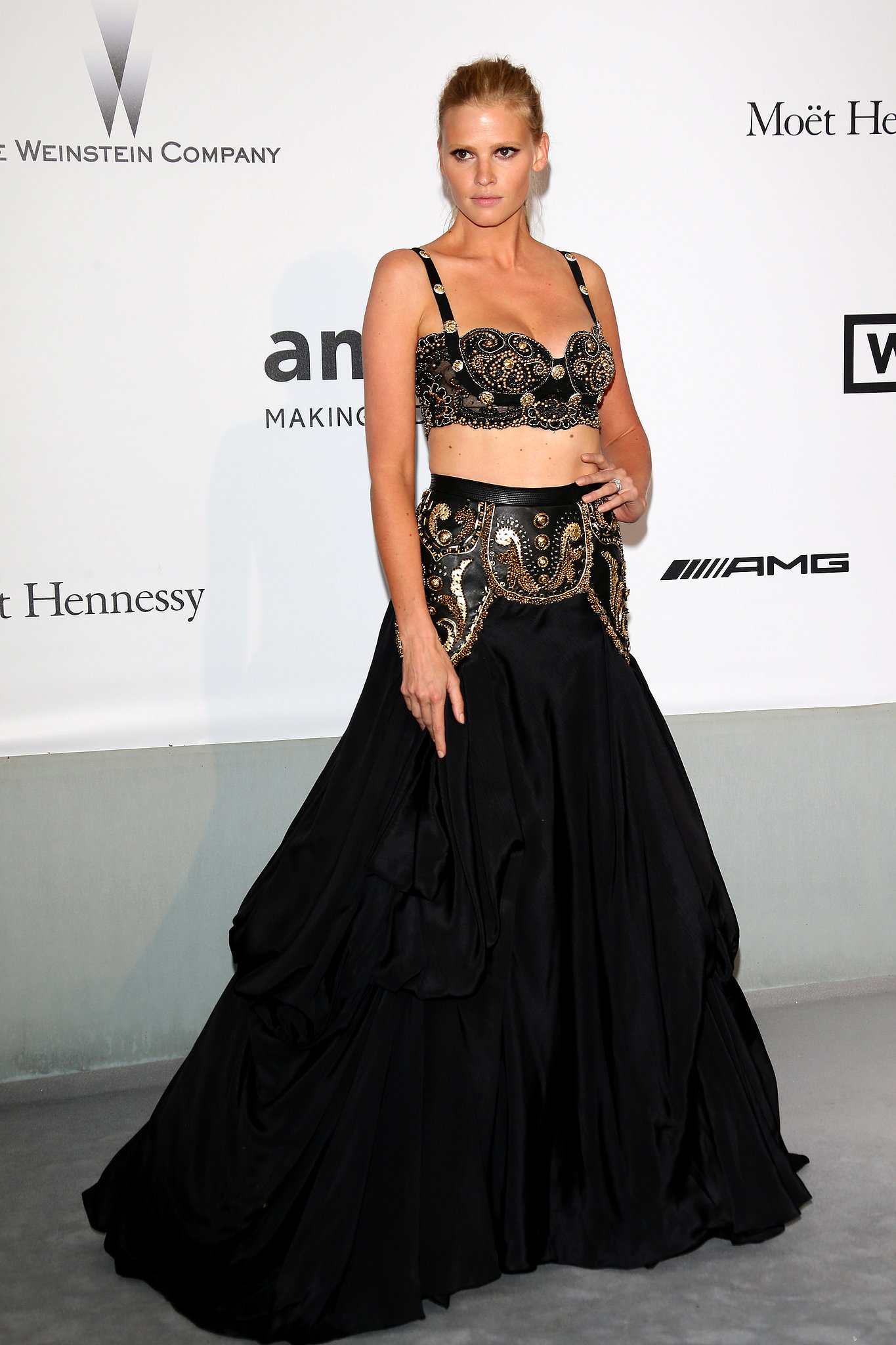 Model Lara Stone bared her midriff.