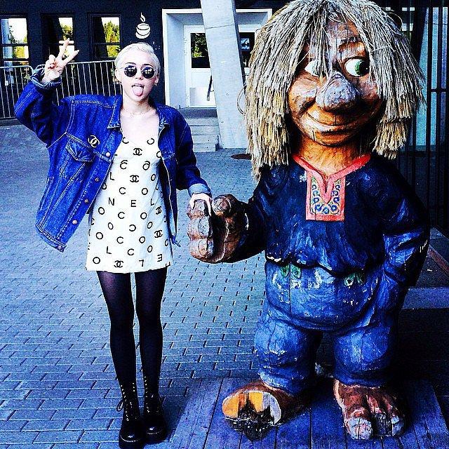 Miley Cyrus found a new friend. Source: Instagram user mileycyrus