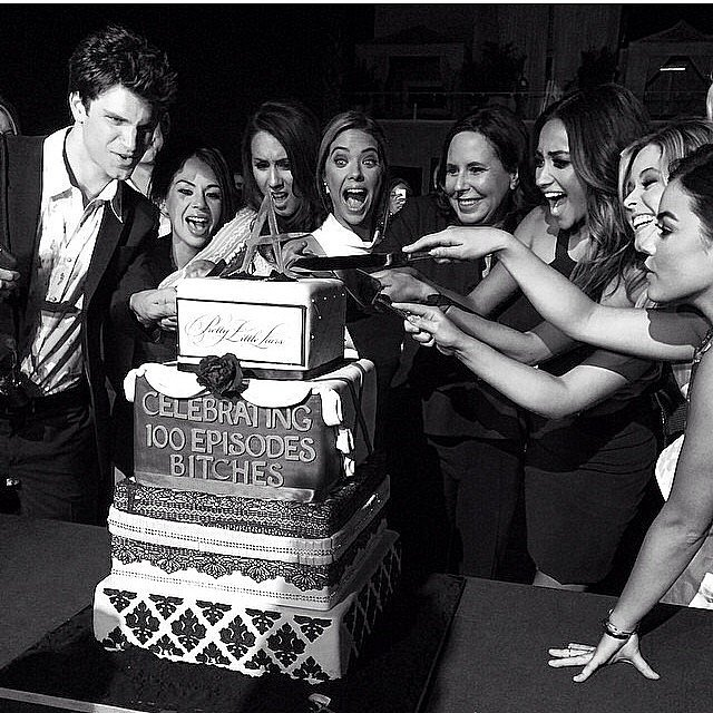 The Pretty Little Liars cast celebrated 100 episodes with a huge cake. Source: Instagram user keeoone