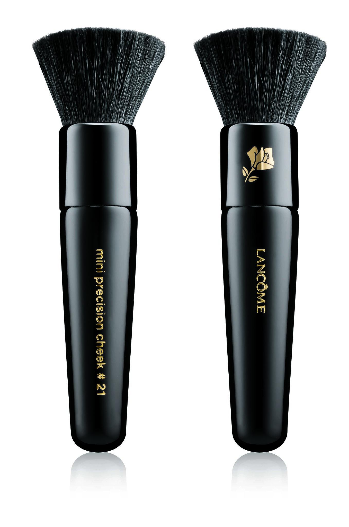 Lancome Jason Wu Petit Precision Cheek Brush