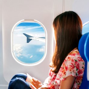 How to Eat Healthy When Travelling on a Plane