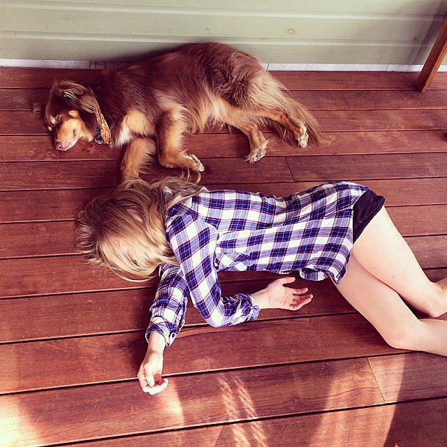 Amanda Seyfried was twins with her dog, Finn. Source: Instagram user mingey