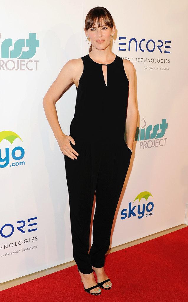 Jennifer walked the carpet in a black jumpsuit.