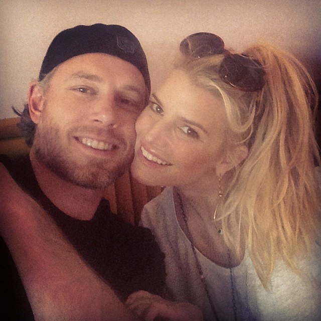"""Jessica and Eric were all smiles during a cute """"date day"""" in January 2014. Source: Instagram user jessicasimpson"""