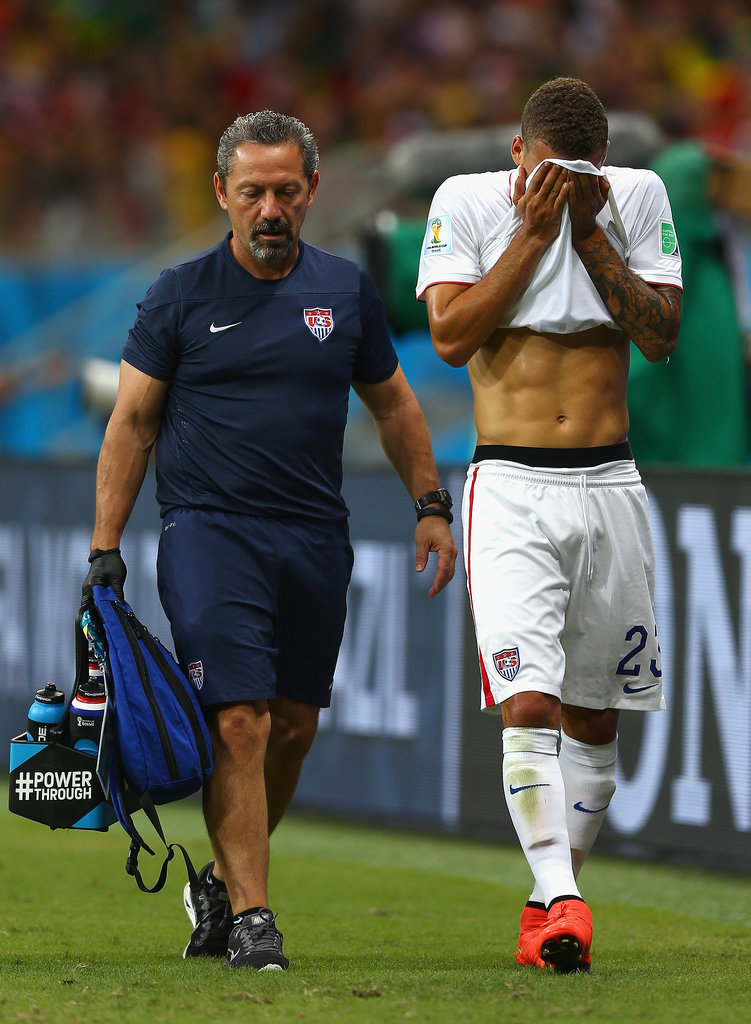 This Ridiculously Gorgeous View of Fabian Johnson's Abs