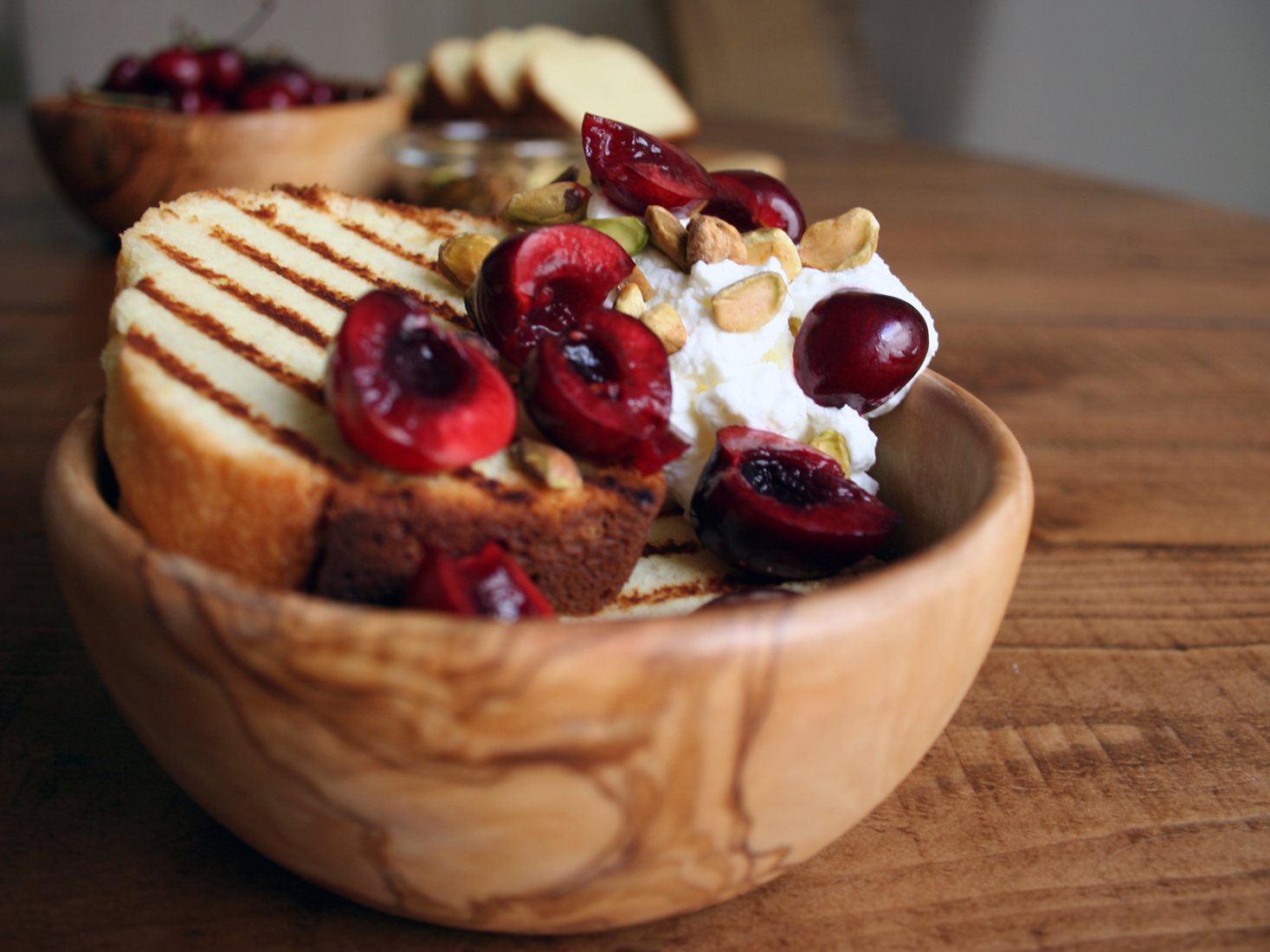 Grilled Pound Cake With Cherries
