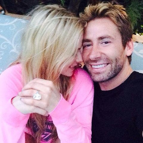 Avril Lavigne Tweets Wedding Anniversary Ring   Picture