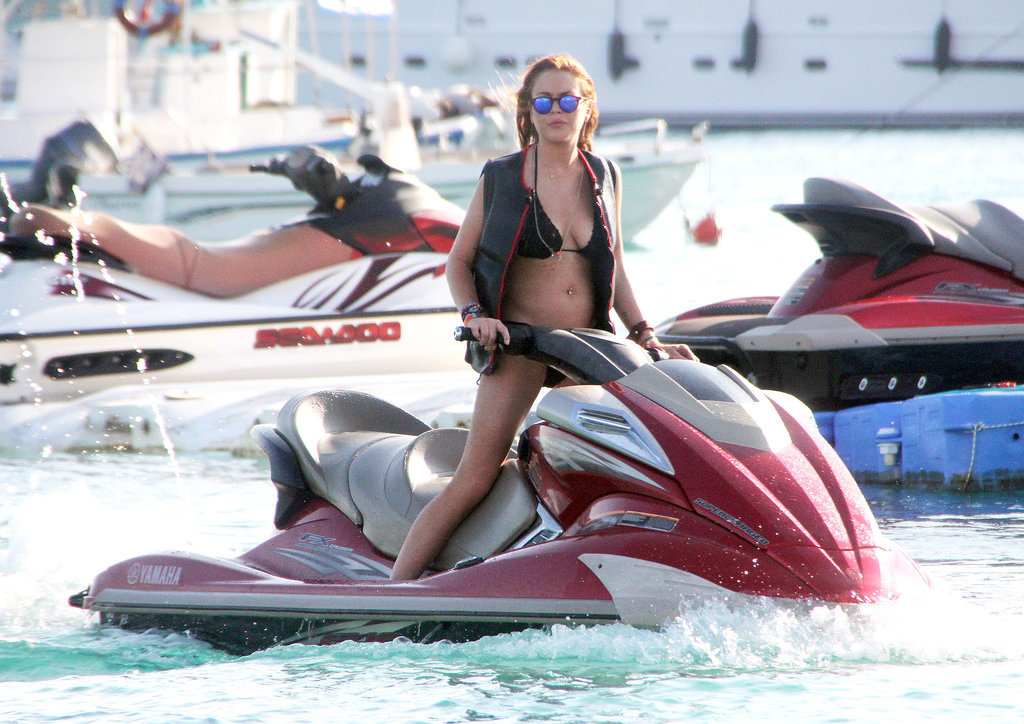 Lindsay Lohan's Latest Bikini Stop Hopefully Comes With Less Drama