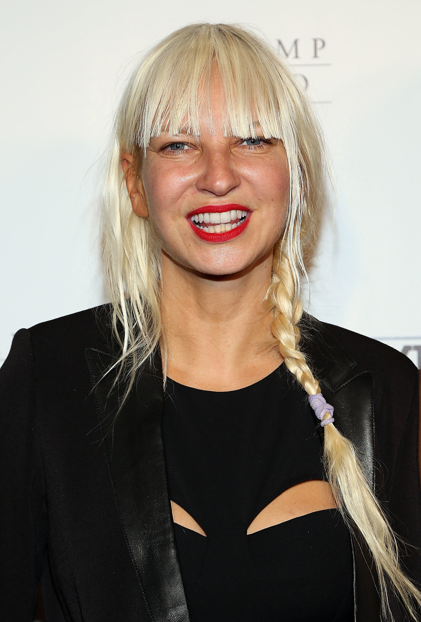 how tall is sia furler