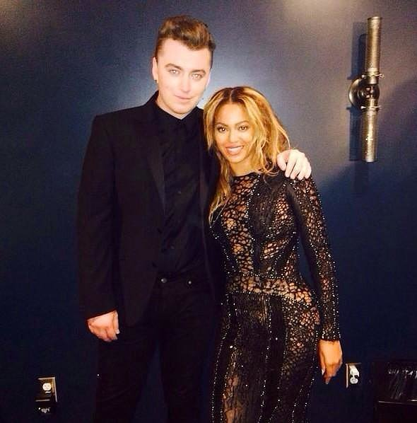 Sam Smith got what everyone at the VMAs probably wanted: a backstage picture with Beyoncé!