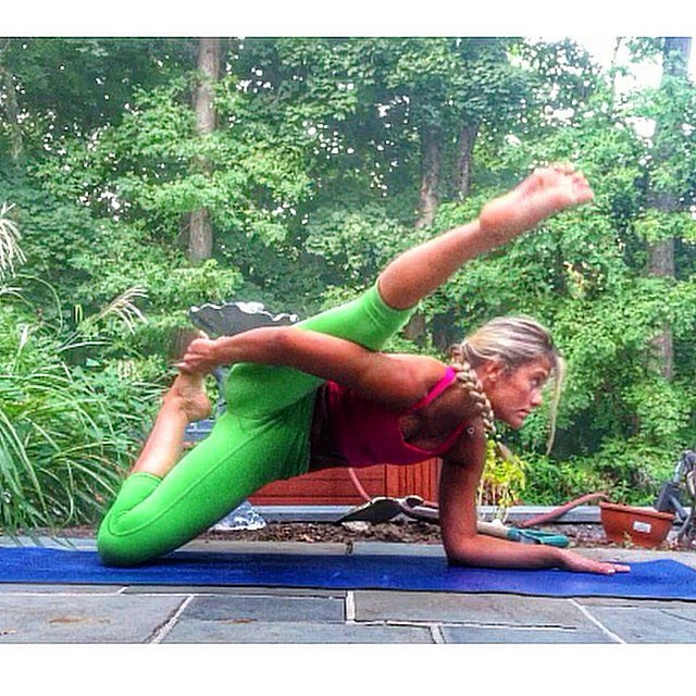 Source: Instagram user ashleyrufo_yoga