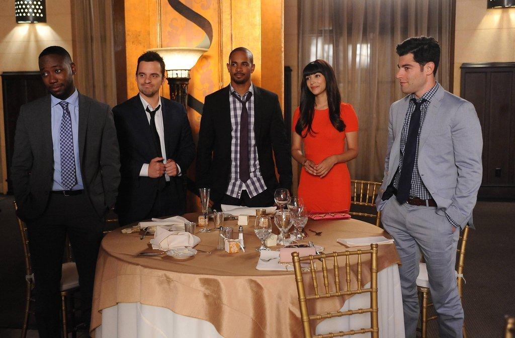 The whole gang (Lamorne Morris, Jake Johnson, Damon Wayans Jr., Hannah Simone, and Max Greenfield) returns!