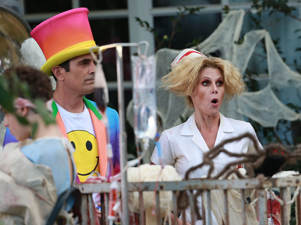 Julie Bowen (Claire) and Ty Burrell (Phil) got into character.