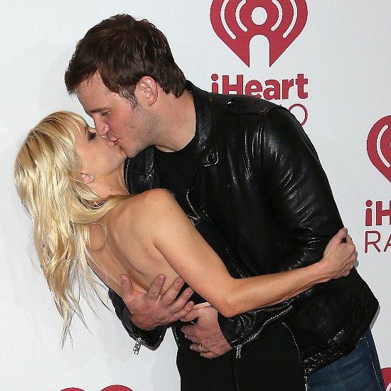 Chris Pratt Kisses Anna Faris on Red Carpet | Pictures