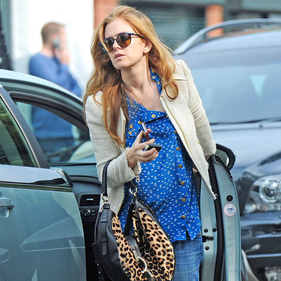 Isla Fisher Baby Bump Pictures | 2014