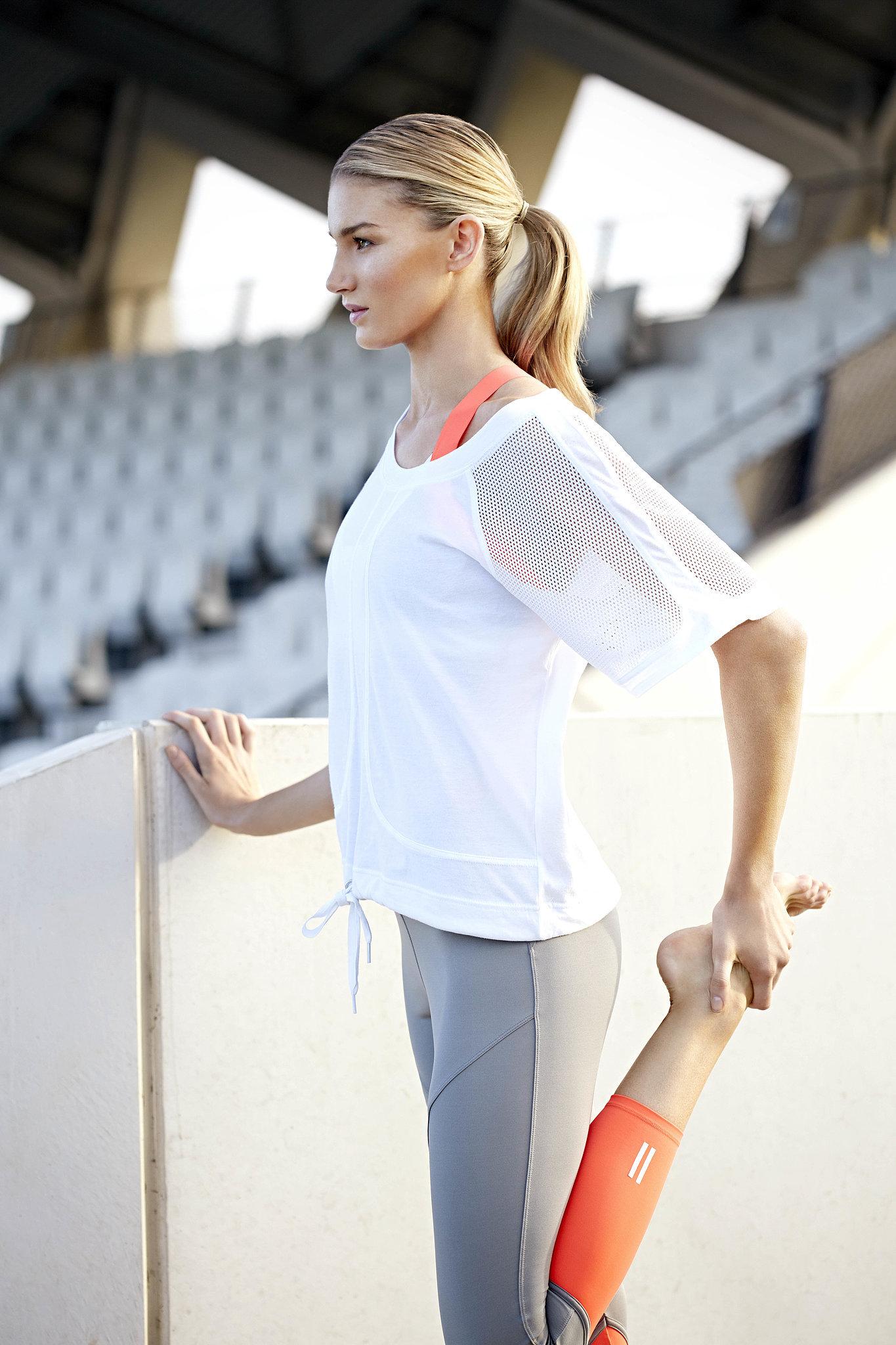 Breathe Oversized Mesh T Shirt Sprint Outline Bra