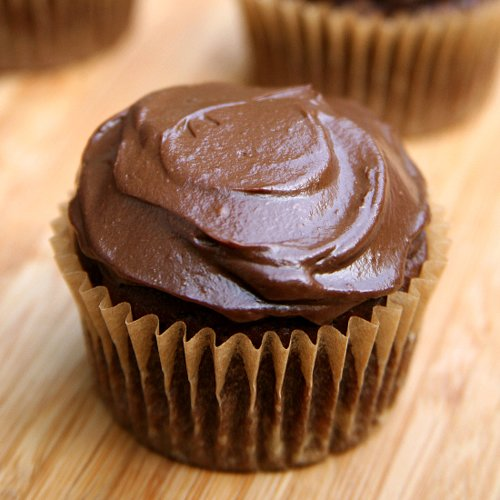 "Vegan Chocolate Cupcakes With Avocado ""Buttercream"" Frosting"